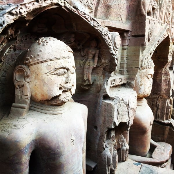 Gwalior-Fort-Jain-Statues-1