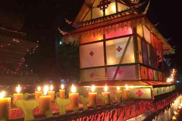fire boat festival luang prabang