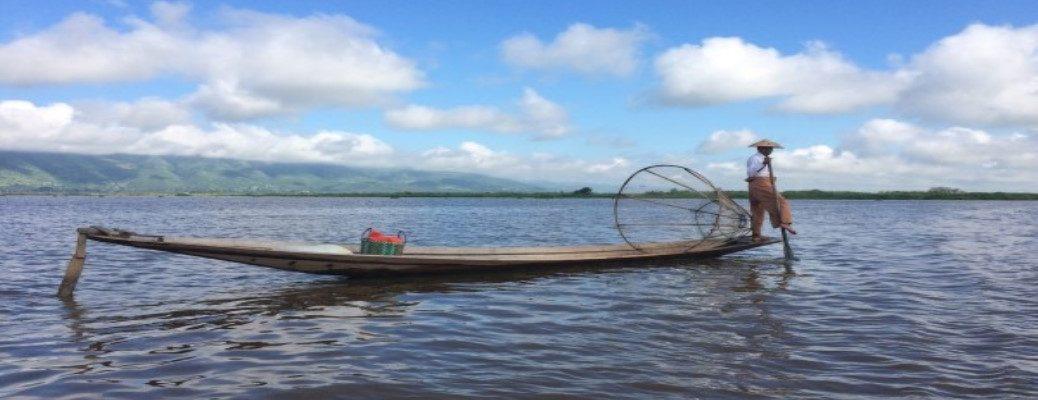 Inle Lake – Fishermen, Tomatoes & Wine Tasting-10028