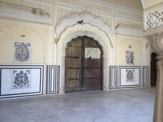 Explore Jaipur Hawa Mahal (2)