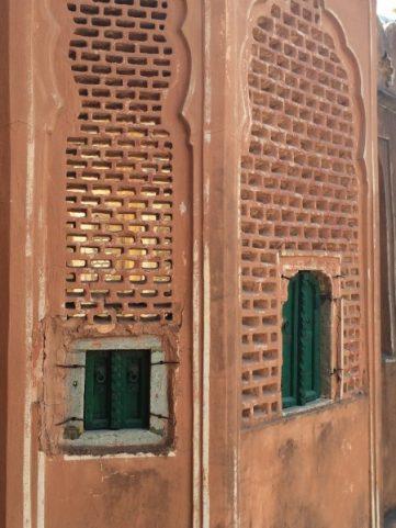 Explore Jaipur Hawa Mahal (7)