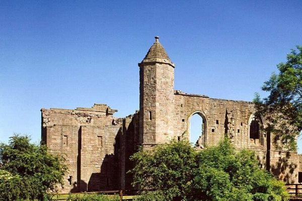 Castles in Yorkshire Spofforth Castle
